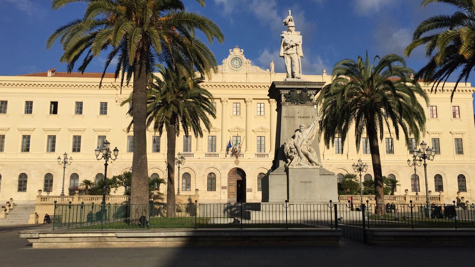 Sassari forza italia avvia campagna di ascolto dei for Diretta dal parlamento